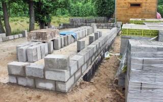 Строительство фундамента под дом из керамзитобетонных блоков