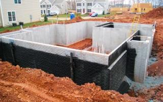 Строить фундамент под дом с подвалом своими руками