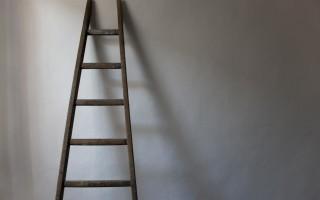 Приставная лестница своими руками из дерева и металла