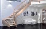 Забежные ступени поворотной лестницы