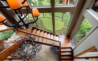 Интерьерные лестницы в частном доме