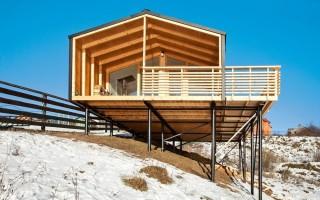 Винтовой свайный фундамент для деревянного дома