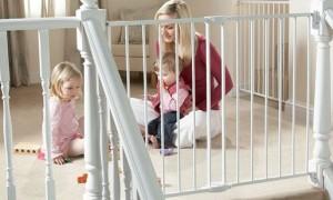Ограждение (защита) для детей на лестницу