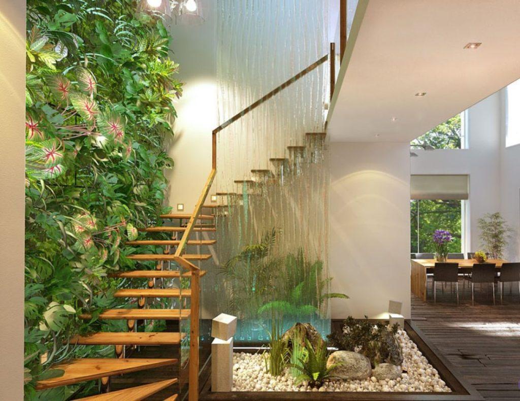 оранжерея под лестницей