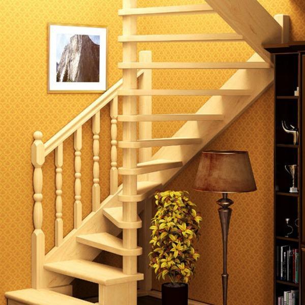 деревянная лестница на мансардный этаж