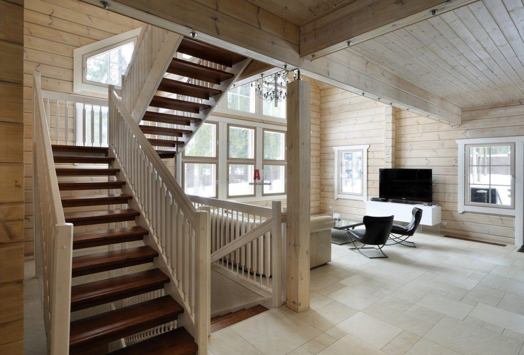П-образная лестница в скандинавском стиле