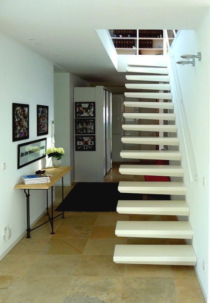 консольная бетонная лестница