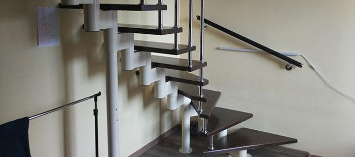 модульная лестница с забежными ступенями