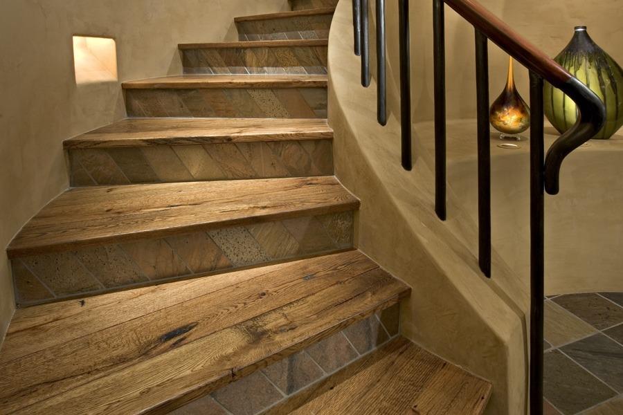 облицовка лестницы ламинатом