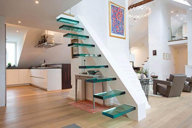 лестница на мансардный этаж