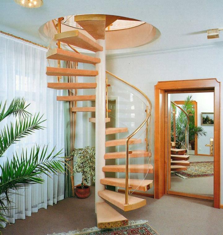 винтовая лестница с люком