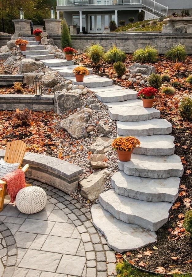 лестница из натурального камня на улице