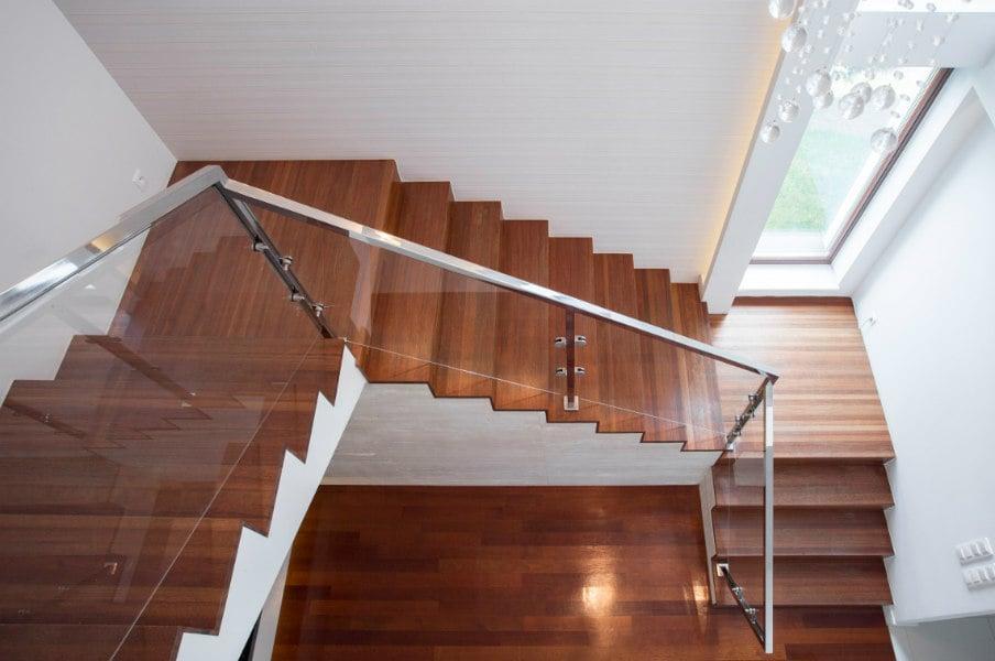 квадратная лестничная площадка
