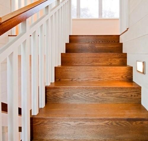 отделка ламинатом бетонной лестницы