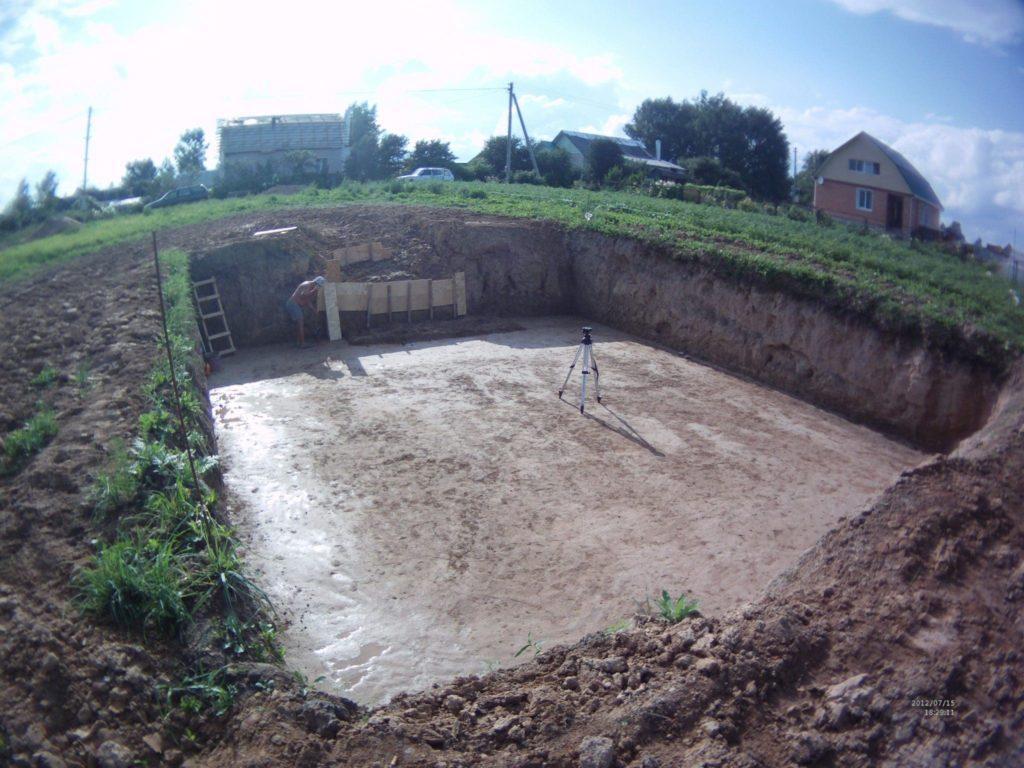 Земляные работы под плитный фундамент